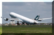 B-HXJ Cathay Pacific Airbus A340